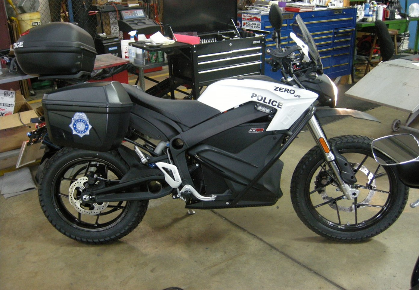 electric motorcycle from dpd