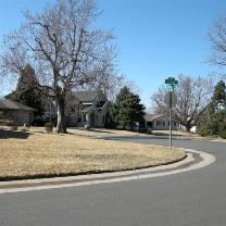 Photo of a suburban neighborhood