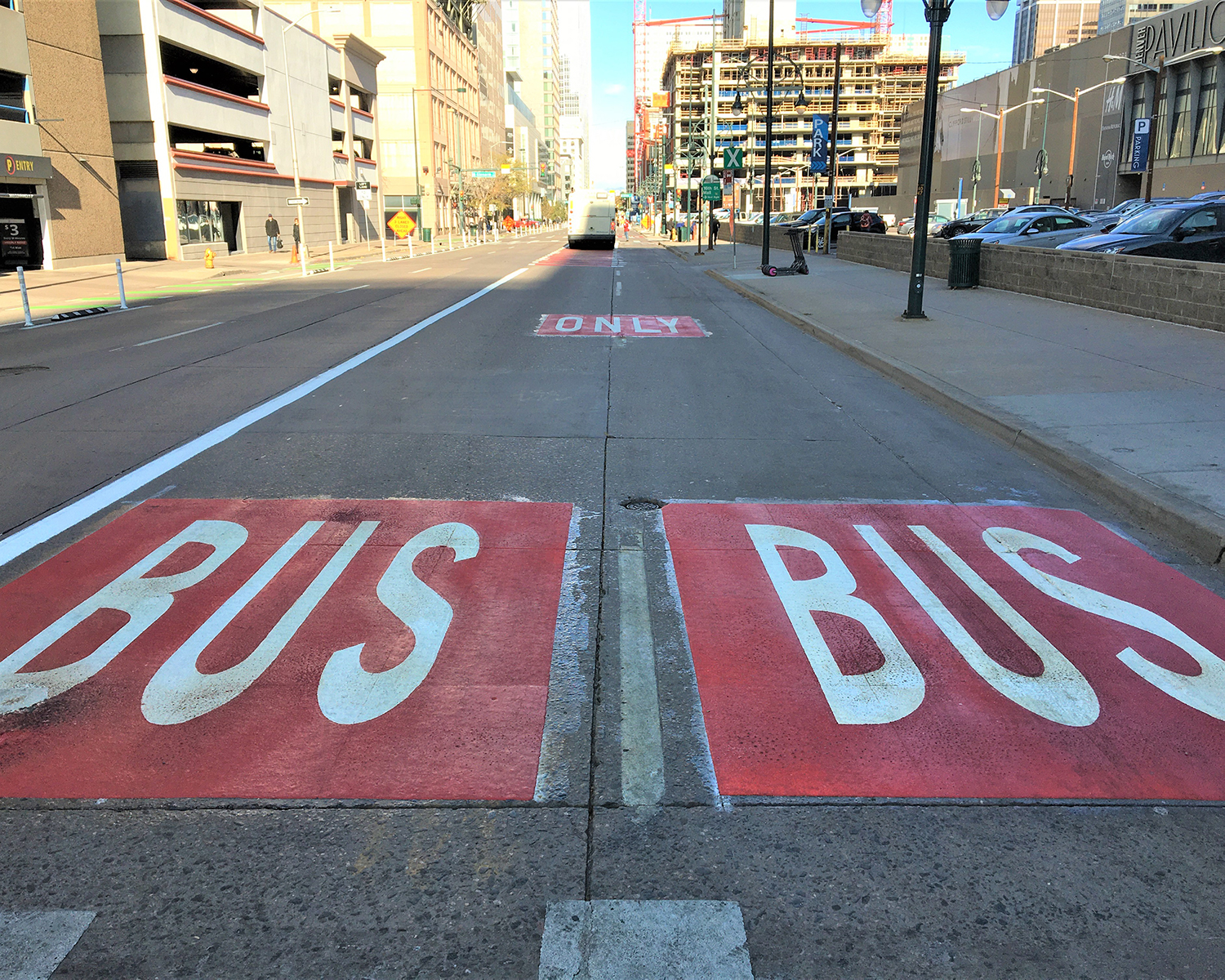 15th Street downtown with red bus only striping in far right lanes